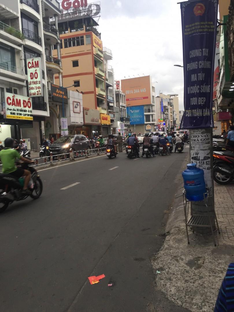 cho-thue-nguyen-can-tret-kinh-doanh-tangphong-hai-ba-trung-quan-3-1528409236pyozr