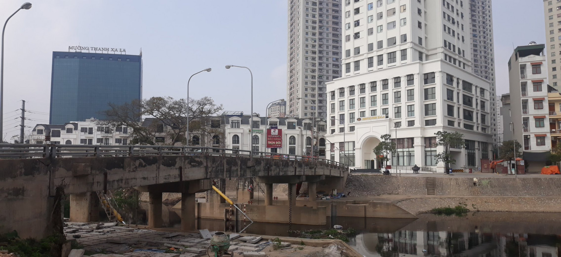 cho-thue-san-thuong-mai-van-phong-cong-ty-toa-nha-newhouse-xa-la-khu-do-thi-xa-la-lh-0972015918